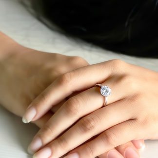 Classic Solitaire Ring Bestseller