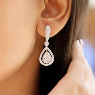 Dewdrop Dangler Lab Diamond Earring