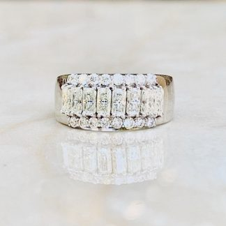 Aisle Moissanite Ring