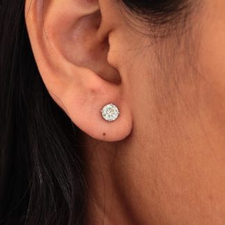4 Prong Solitaire Earring